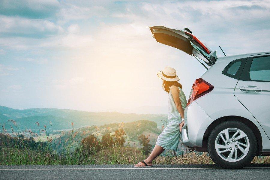 Assicurazione auto e viaggi all'estero: breve guida