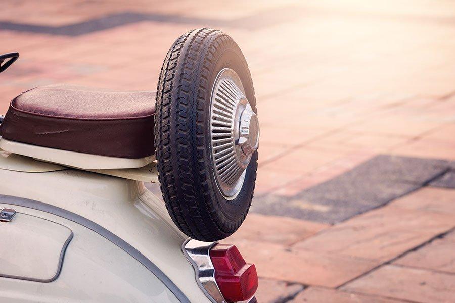 Targhe ciclomotori: tutto quello che occorre sapere